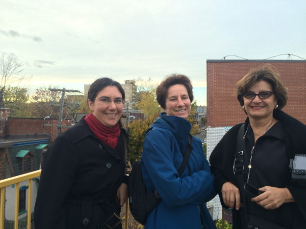 Here is Judith Colombo farmer extraordinaire, my Mom (Chemical engineer)  and Dina Honke blogger (and lawyer) at http://oliveoilandlemons.com/montreal-going-green-melissa/ all on the Montreal Living Table: healthy and sustainable food tour (on the roof of Santropol Roulant)